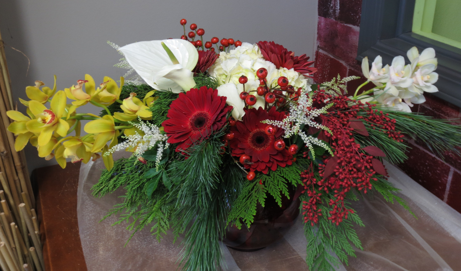 We make bright and beautiful Christmas bouquets of chocolates with our own hands